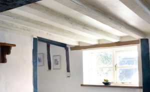 Lightening-Oak-Beams.jpg